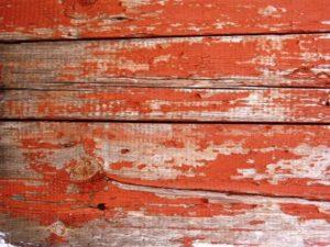 подготовка к покраске старого деревянного дома