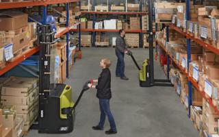 Применение штабелеров для складских помещений