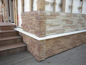 Монтаж фасадного камня