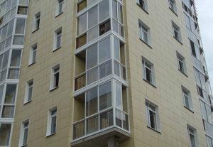керамогранит на фасаде жилого дома