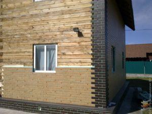 производится облицовка кирпичом дома из бруса