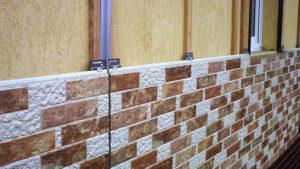 как крепить фасадные панели под камень