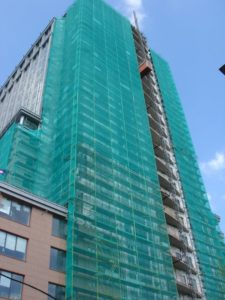 Сетка строительная на фасаде