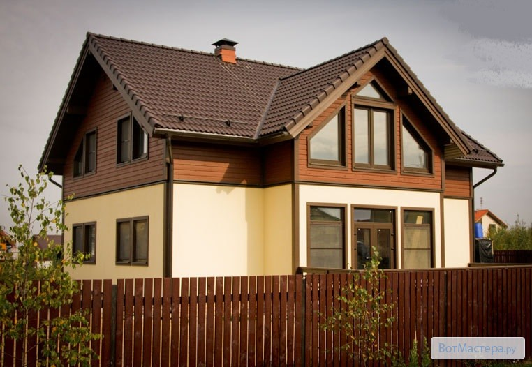 комбинированный фасад дома