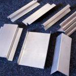 Фасадный оцинкованный профиль для вентфасада: виды, покрытия, схема монтажа