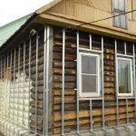 Чем обшить деревянный дом снаружи недорого и красиво